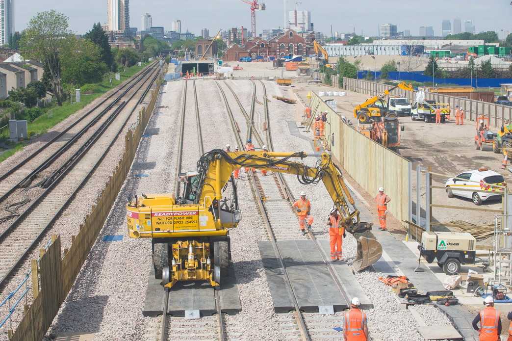 Crossrail surface works reach halfway point - Crossrail